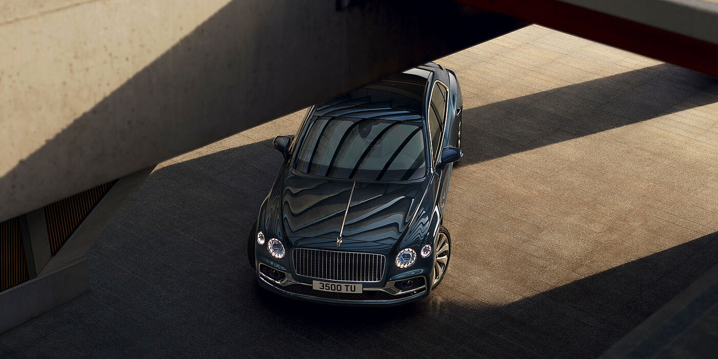 bentley-new-flying-spur-with-meteor-paint--overhead-shot
