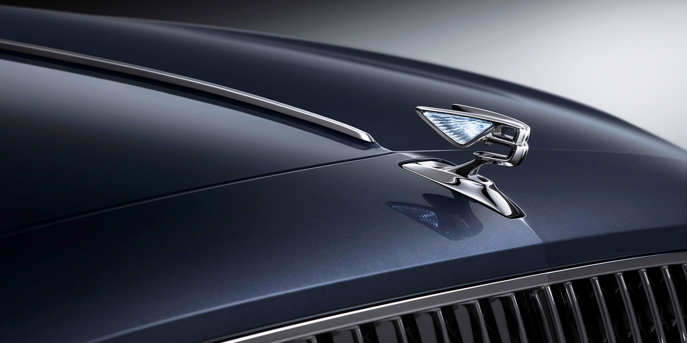 bentley-new-flying-spur-bonnet-with-new-flying-b-mascot
